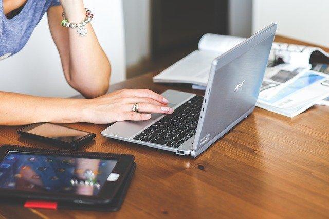 Korzystanie z laptopa